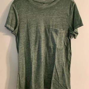 Abercrombie & Fitch loose fitting tee